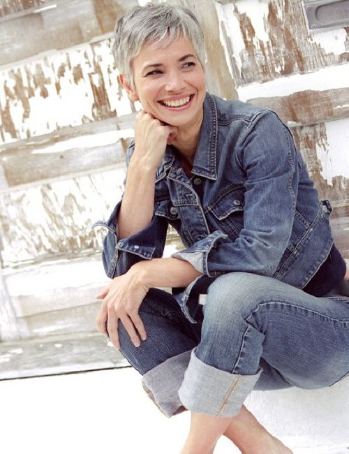 More Trendy Gray Hair Styles For Women Over 50 Wehotflash