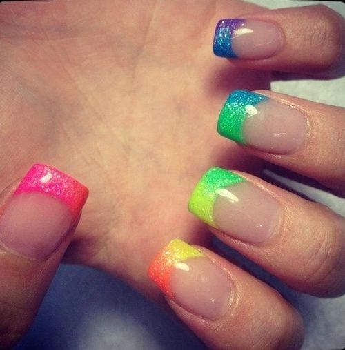 NAIL ART DESIGN IDEAS FOR MANICURE & PEDICURE
