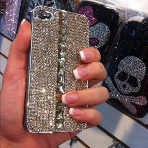 trendy cell phone covers the new must have accessory