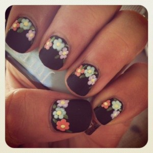 Nail Art Designs using black nail polish
