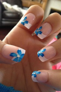 blue nail polish manicre designs