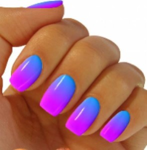 BLUE NAIL POLISH MANICURE DESIGNS